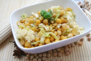 Kichererbsen-Blumenkohl-Salat