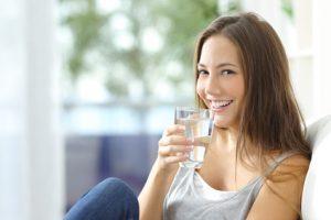 Viel Trinken beim Basenfasten